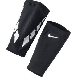 Návlek na chrániče Nike Guard Lock Elite