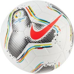 Míč Nike Copa America Strike